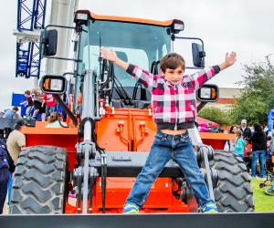 151107 Touch A Truck 1