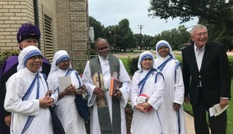 MOTHER TERESA STATUE DEDICATED AT QUEEN OF PEACE